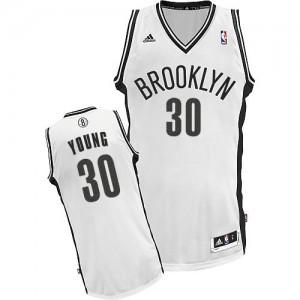 Maillot NBA Blanc Thaddeus Young #30 Brooklyn Nets Home Swingman Enfants Adidas