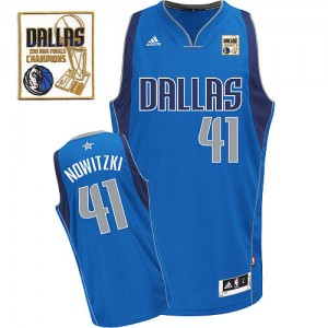 Maillot NBA Dallas Mavericks #41 Dirk Nowitzki Bleu royal Adidas Swingman Road Champions Patch - Homme