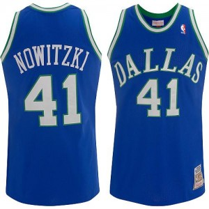 Dallas Mavericks Mitchell and Ness Dirk Nowitzki #41 Throwback Swingman Maillot d'équipe de NBA - Bleu pour Homme