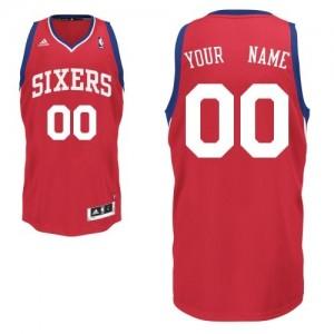 Maillot NBA Rouge Swingman Personnalisé Philadelphia 76ers Road Homme Adidas