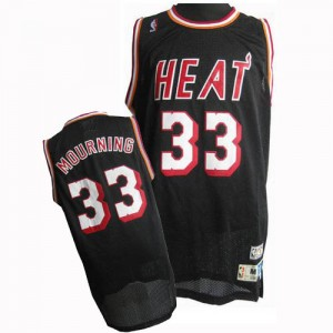Maillot NBA Noir Alonzo Mourning #33 Miami Heat Throwback Finals Patch Swingman Homme Adidas