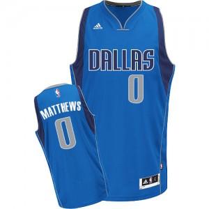 Maillot Adidas Bleu royal Road Swingman Dallas Mavericks - Wesley Matthews #0 - Enfants