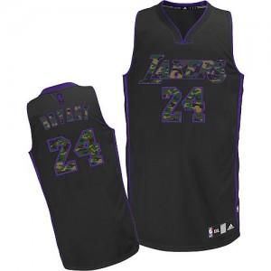 Los Angeles Lakers #24 Adidas Fashion Camo noir Authentic Maillot d'équipe de NBA pas cher - Kobe Bryant pour Homme
